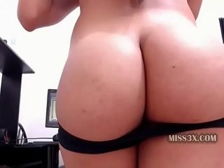 Warm super-sexy butt from super-cute looking mature latina