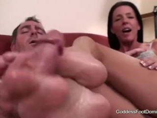 Cougar Soleil gets a guy off with her fantastic soles.