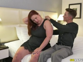 Canadian curvaceous Nikki Hayze doing her toyboy