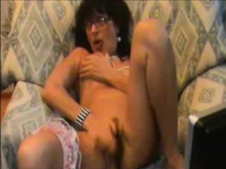 Shady powered matured masturbates their way drenched pussy