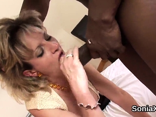 Unfaithful brit mature gal sonia demonstrates her huge pu
