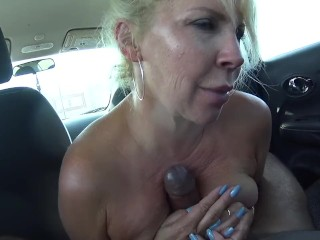 Foxxxy's world back seat ruckus