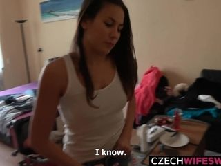 Czech wifey exchange inexperienced blowage with exchangeped wifey