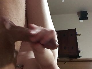 Cougar wifey gives rubdown grease hand job