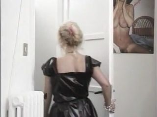 What is the Name of Italian cougar adult movie star