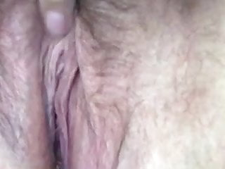 Mature damsel fapping