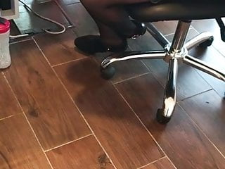 Mature ebony stocking receptionist