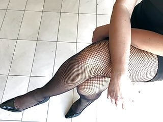 Supah wondrous  Fishnets and high-heeled slippers